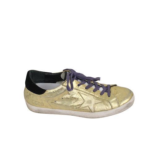 38   GOLDEN GOOSE Metallic Gold Superstar Sneakers