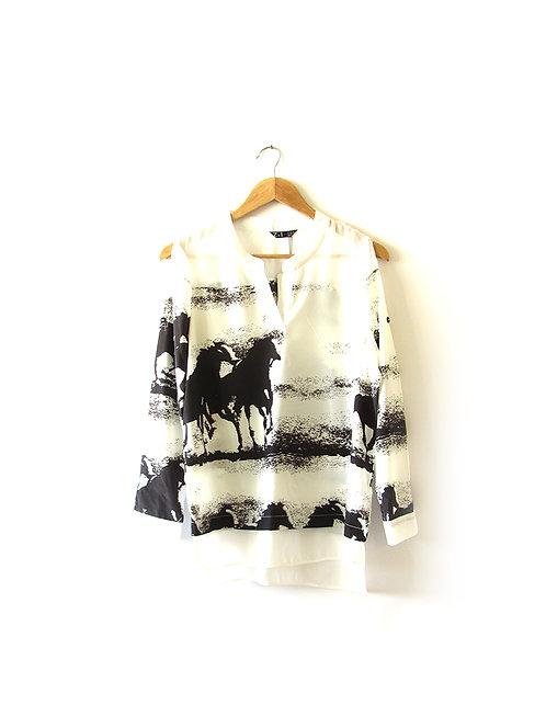 M חולצת סוסים מידה