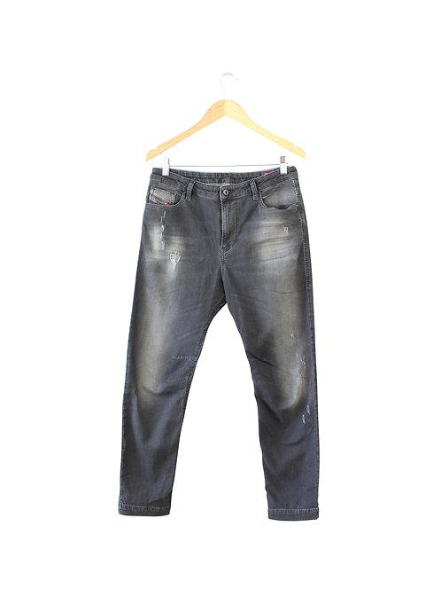 29   DIESEL ג'ינס שחור משופשף