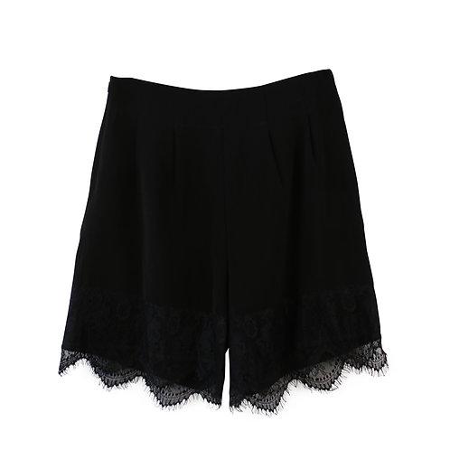 S   Legaloutfit מכנסיים קצרים תחרה