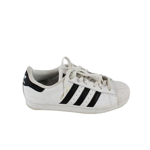 40   Adidas Superstar