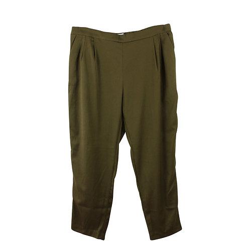 XL | מכנסיים בירוק זית עם כיסים
