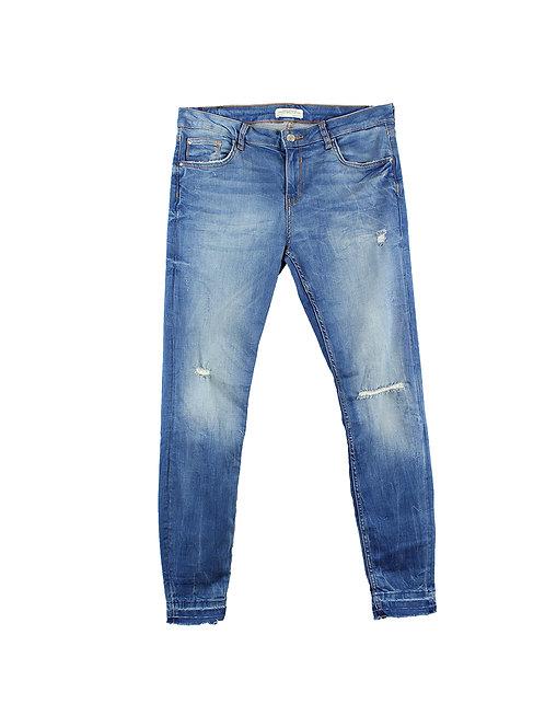 42    ZARA  ג'ינס קרעים כחול
