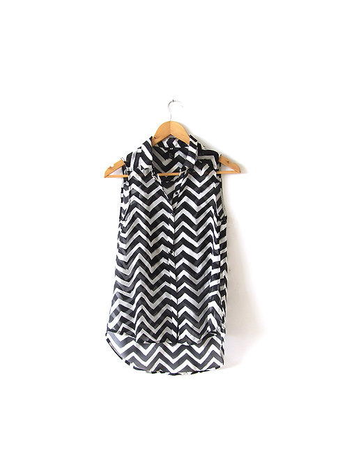 חולצת שיפון שחור לבן מידה 34