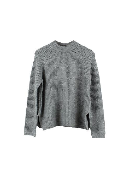 M   סוודר אפור עם אטיקט