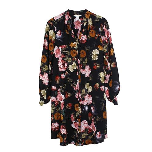 M | H&M שמלה פרחונית מכופתרת