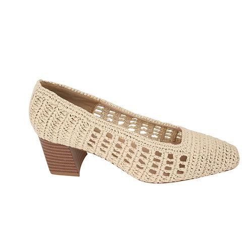 38 | MANGO נעלים קלועות