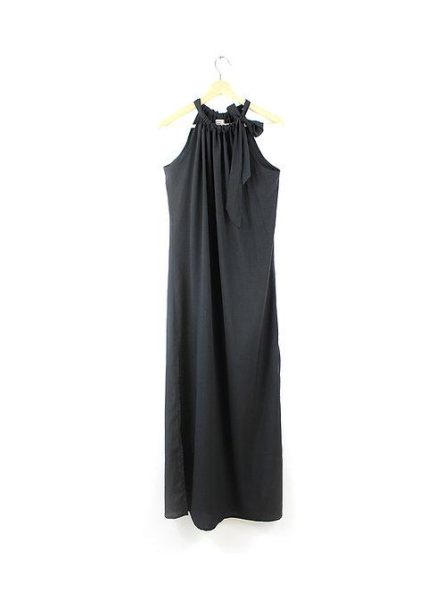M שמלת קולר שחורה שסעים