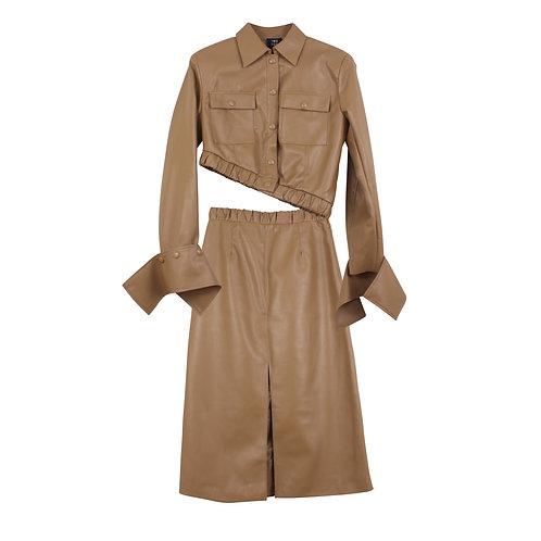 M | TWO FOR TEA חליפת חצאית דמוי עור