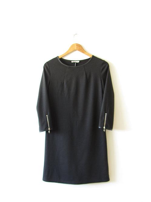 XS-S שמלת מיני שחורה עם שרוול ארוך מידה