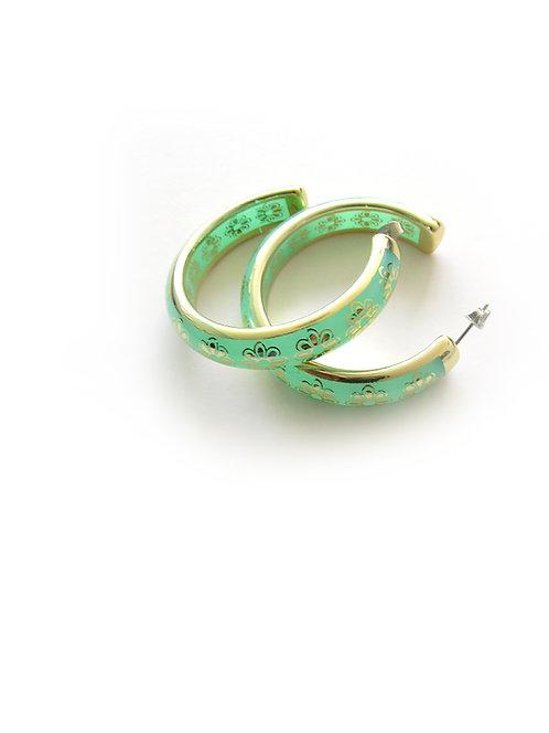 עגילי חישוק בצבע ירוק