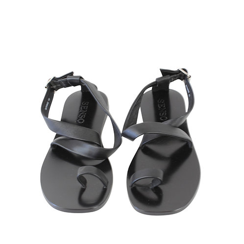 40 | SENSO סנדלים שחורים