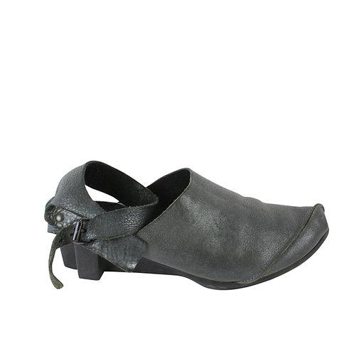 38 | TRIPPEN נעלי