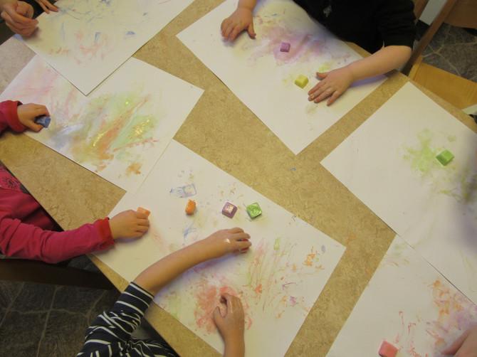 Vi målar med is!