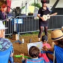 ukulele teacher womad.jpg