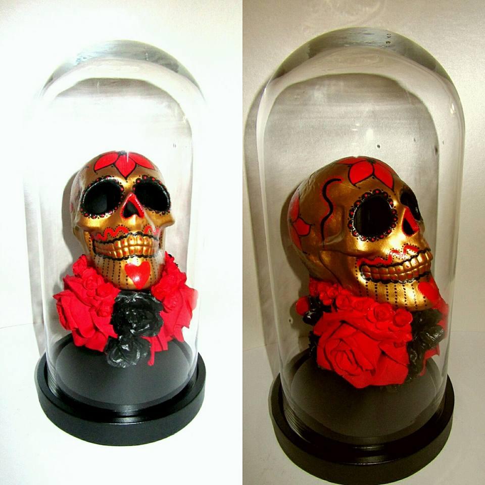 Ceramic skull bell jar