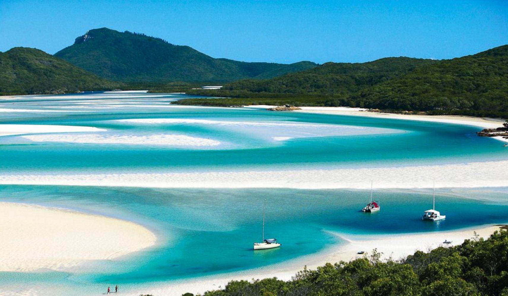 Whitehaven Beach, Whitsunday Islands, Australia - 2023 solar eclipse tour