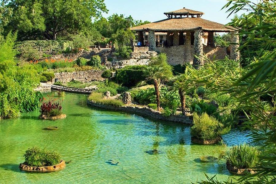 Japanese Tea Gardens San Antonio - 2024 Total Eclipse Tour