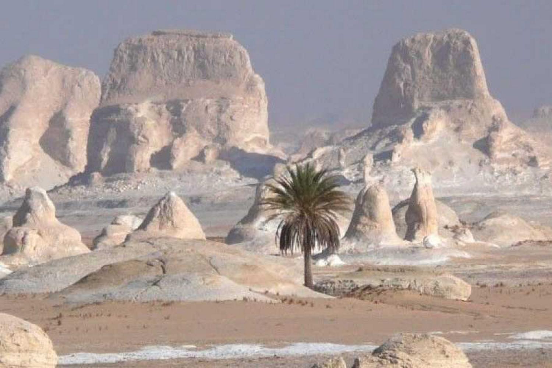 White Desert, El Bahariya, Egypt
