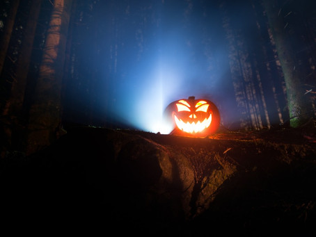 Хэллоуин с палаткой. Страшные истории у костра