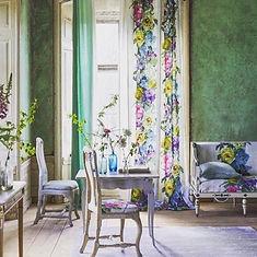 Maison-Courtieu-Rideau-Mobilier-Classique-Fleuris