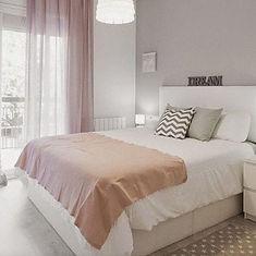 Maison-Courtieu-Mobilier-Contemporain-Decoration-Salle-a-Manger-Lyon-Magasin-Meuble-Chambre-Lit-Sommier