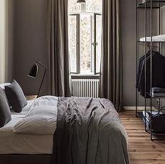 Maison-Courtieu-Mobilier-Contemporain-Decoration-Salle-a-Manger-Lyon-Magasin-Meuble-Chambre-Matelas-Lit