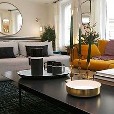 Maison-Courtieu-Mobilier-Contemporain-Decoration-Salle-a-Manger-Lyon-Magasin-Meuble-Miroir-Deco-Murale