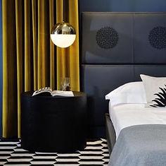 Maison-Courtieu-Mobilier-Contemporain-Decoration-Salle-a-Manger-Lyon-Magasin-Meuble-Chambre-Lampe