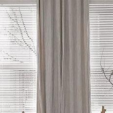 Maison-Courtieu-Mobilier-Contemporain-Decoration-Salle-a-Manger-Lyon-Magasin-Meuble-Rideau-Confection