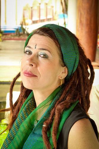 Takla-Makan-Slow-Fashion-scarf-Auroville