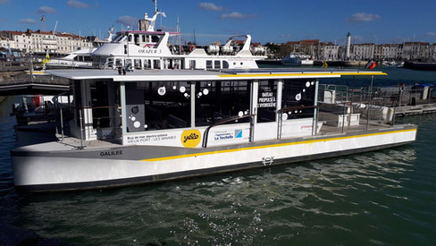 Barco- autobús de hidrógeno en La Rochelle, Francia. En operación desde noviembre de 2017