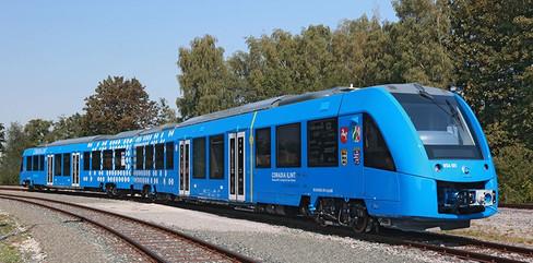 Tren de hidrógeno en Alemania. Coradia iLint es una flota de trenes de pasajeros alimentados por pilas de combustible de hidrógeno. En operación desde 2018