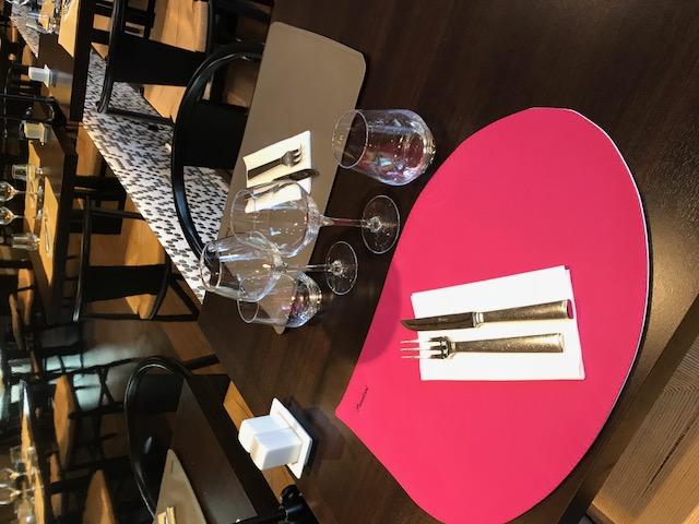 Set de table cuir restaurant