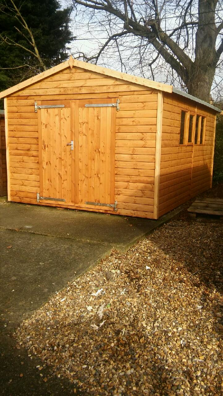RUSHDEN BARNWELL APEX SHOWMODEL 10X14 APEX