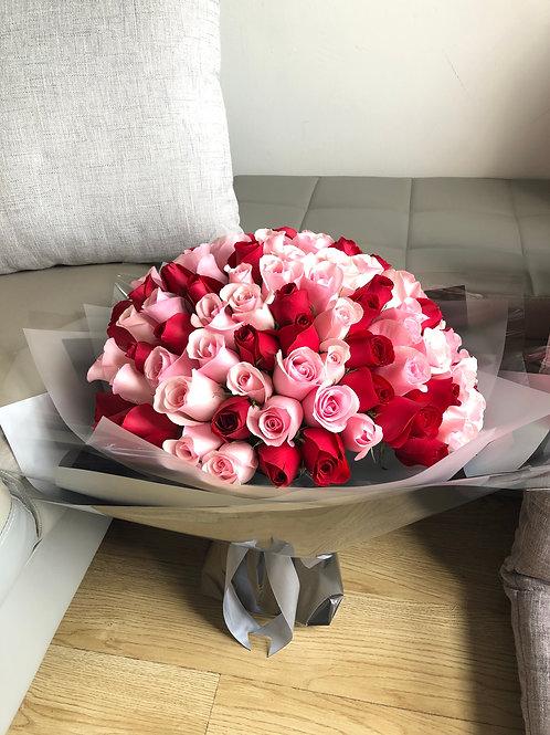 99枝紅色 + 粉紅色玫瑰求婚花束