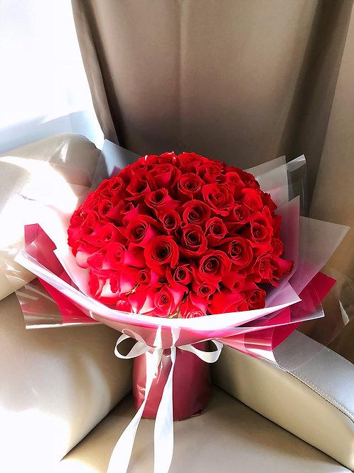 99枝紅玫瑰求婚花束