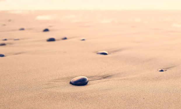 pebbles-801952.jpg