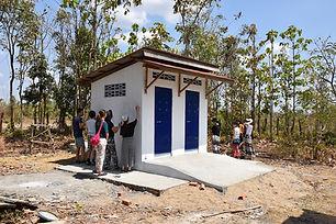 toilet 1024.JPG