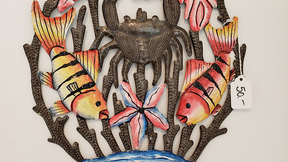 Crab and fishes