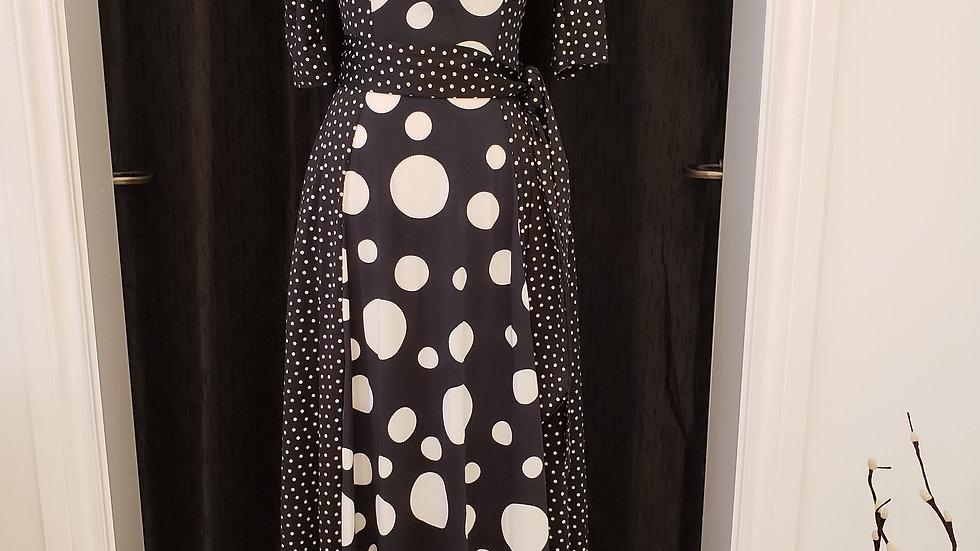 Blk/Wht Dot Dresses
