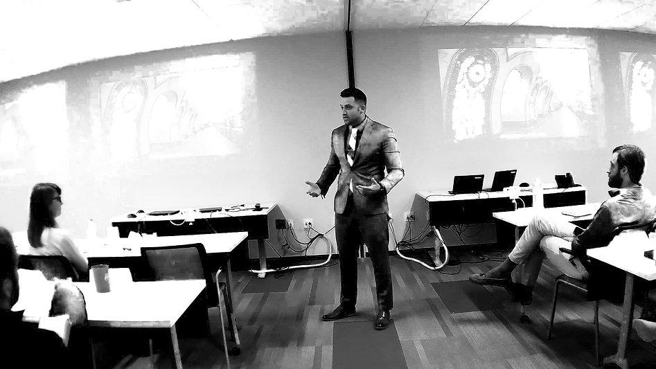 presentationblackwhite.jpg