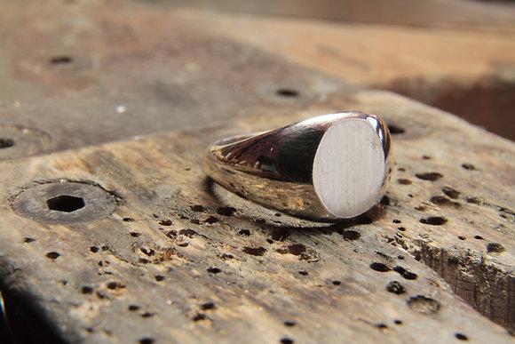 Chevalière Ovale petit modèle