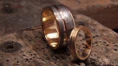 Alliance damas, et alliance en or jaune 18 carats