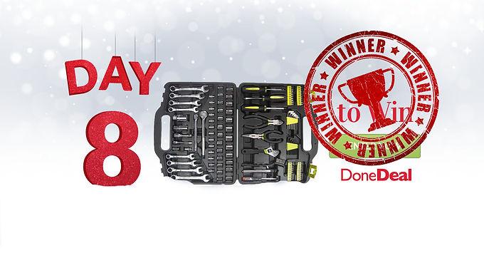 Day 8 Winner! 10 Days of Christmas