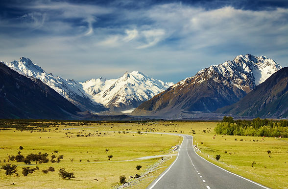 The 10 Greatest Roads to Drive on Planet Earth