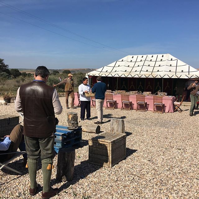 Lunch outside 20 degrees #ventosilla #partridgeshooting #infieldtuition #mcphersonshooting #brillian