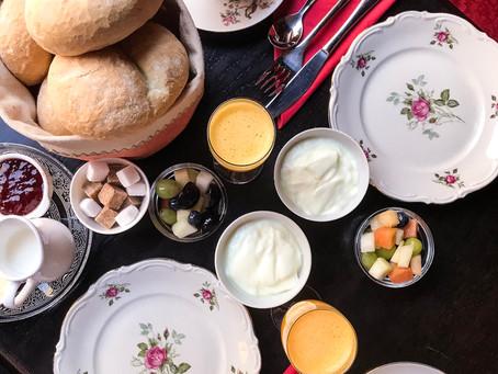 Ontbijten in een authentiek koffiehuis in hartje Ieper