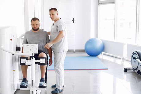 doctor-with-patient-physiotherapy-clinic