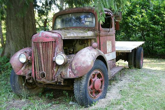 vintage-truck-old-rust-wreck.jpg